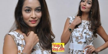 Rashmi Thakur Actress Pics, Rashmi Thakur Plus One Audio Launch