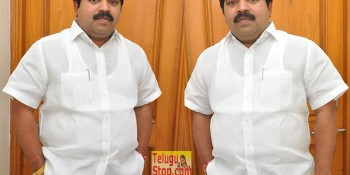 Dasari Kiran Kumar Interview Photos At Vangaveeti Movie