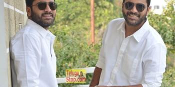 Sharwanand Interview Stills At Shatamanam Bhavati Movie