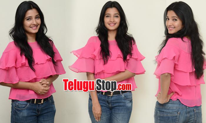 Deepthi Shetty New Stills