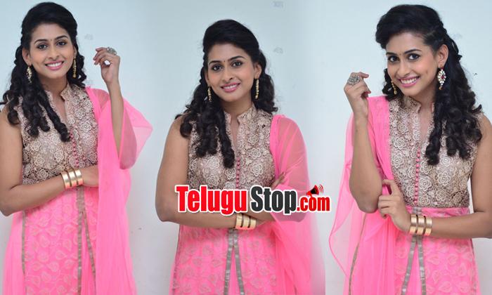 Actress Nitya Naresh Stills