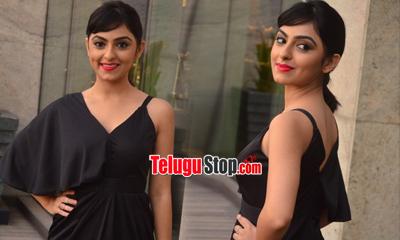 Pooja K Dhoshi New Stills-Pooja K Dhoshi New Stills--Telugu Actress Hot Photos Pooja K Dhoshi New Stills---