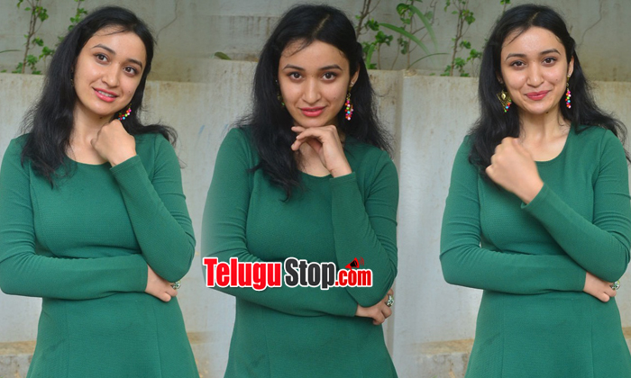 Sakshi Kakkar Latest Stills