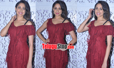 Pragya Jaiswal Latest Stills-Pragya Jaiswal Latest Stills---
