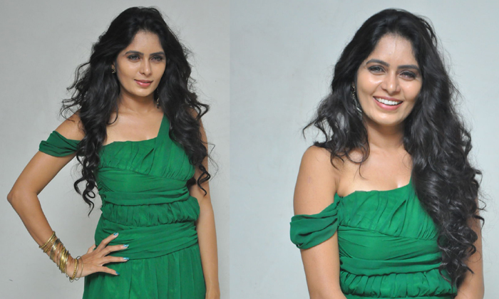 Actress Madhumathi Latest Stills