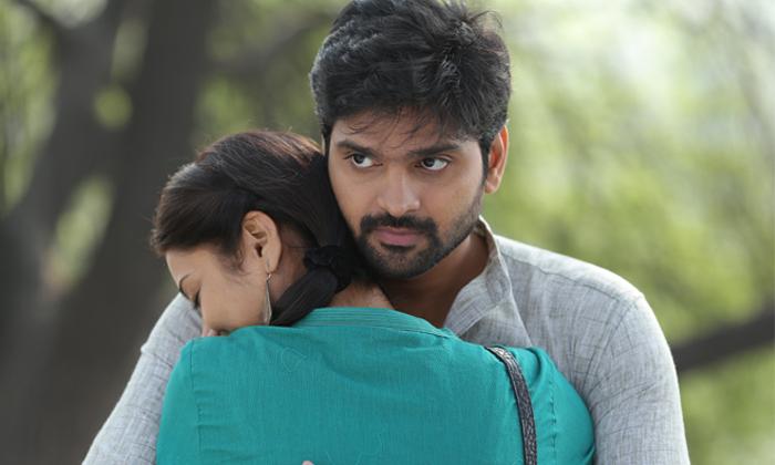 Mental Madhilo Movie New Stills-