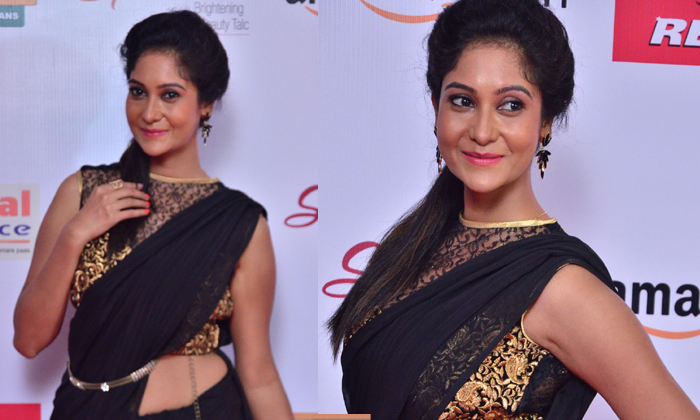 Sindhu Affan At Mirchi Music Awards