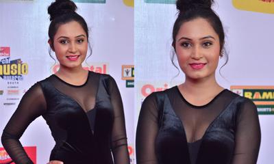 Vennela at Mirchi Music Awards-Vennela At Mirchi Music Awards--Telugu Actress Hot Photos Vennela At Mirchi Music Awards---
