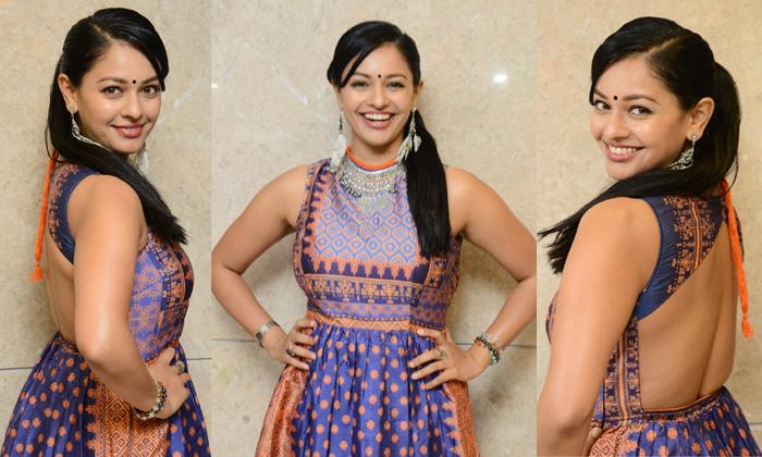 Pooja Kumar Latest Stills-,