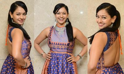 Pooja Kumar Latest Stills-Pooja Kumar Latest Stills---