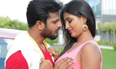Runam Movie Stills and Walls-Runam Movie Stills And Walls---