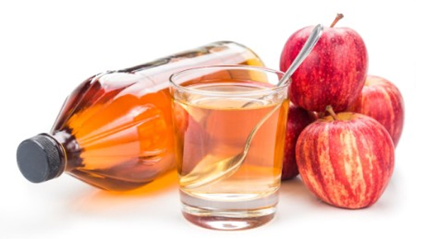 Use Apple Cider Vinegar To Stay Away From These 15 Diseases-Apple Apple Health Benefits Enhances Weight Loss Heart Disease Lowers Cholesterol