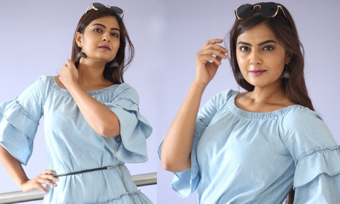 Neha Deshpande New Photos--Neha Deshpande Photo Stills-