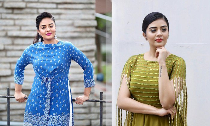 Anchor Sreemukhi Latest Pics--Telugu Actress Hot Photos Anchor Sreemukhi Latest Pics--Anchor Sreemukhi Latest Pics-