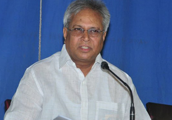 Undavalli Arun Kumar To Serve As Political Advisor In TDP-