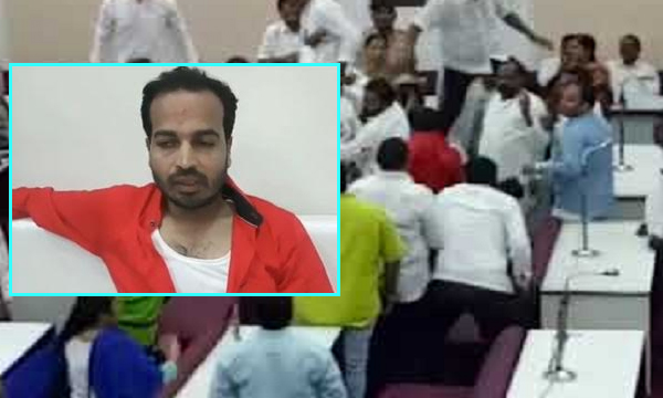 AIMIM Corporator Thrashed By BJP Members For Opposing Vajpayee Tribute-