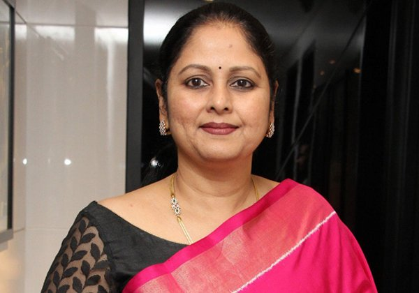 Actress Jayasudha Comments On Chiranjeevi Hands Up-