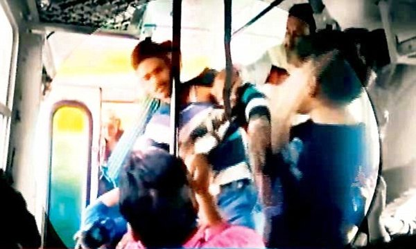 Girls Fighting For Bus Seat In Dilsukhnagar Hyderabad-