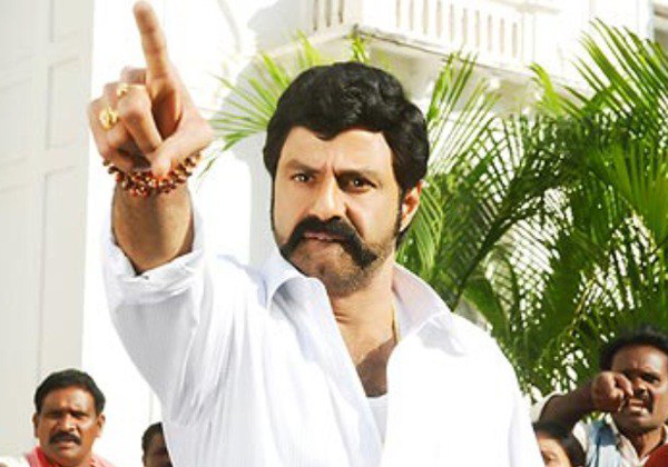 Hero Balakrishna To Act In Chiranjeevi Saira Narasimha Reddy-