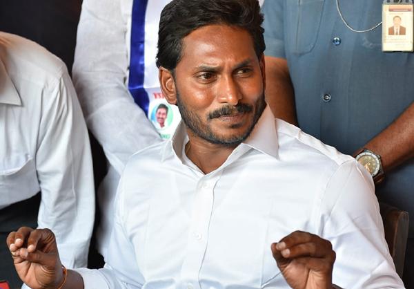 Jagan Have No Clarity About Political Speeches-