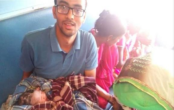 MBBS Student Uses WhatsApp To Help Deliver Baby On Moving Train-
