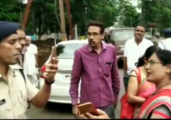 Man Claiming To Be A Brother In Law Of Chief Minister Shivraj Singh-