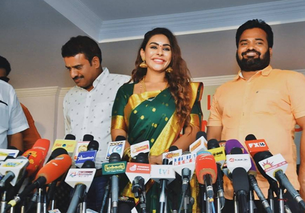 Reddy Diary Will Expose The Ugly Side Of Cinema: Sri Reddy-