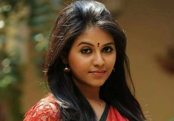 The Good Offer Misses Kajal And Caches Anjali-