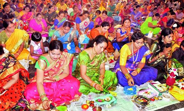 Varalakshmi Vratham Sravana Masam Lakshmi Pooja-