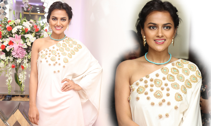 Actress Shraddha Srinath Photos--Actress Shraddha Srinath Photos-
