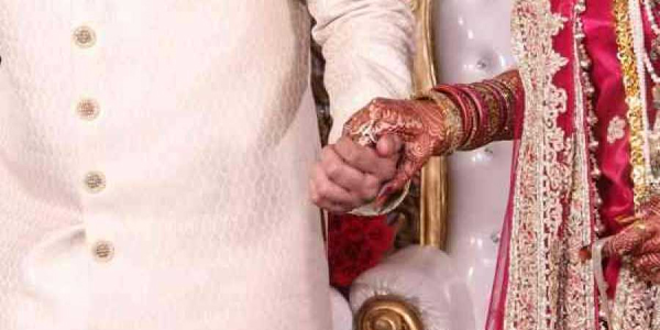 Bride Groom Stopped Marriage Hours Before Wedding-