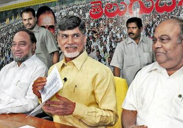 Chandrababu Naidu Features In TDP's 1st Candidate List For Seemandhra-