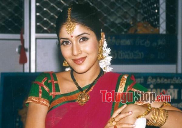 20 Telugu Heroine and Their Villages-Roja,Savitri,Telugu Actress,Telugu Heroines,Their Villages