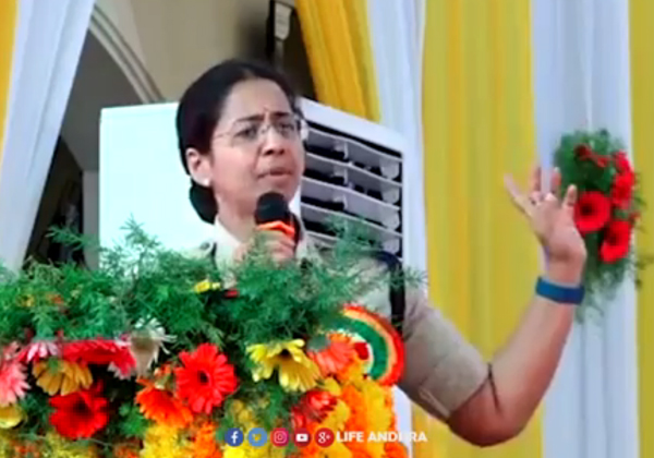 SP Saritha Inspirational Speech Goes Viral In Social Media-
