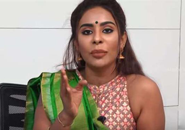 Sri Reddy Comments On Cricket God Sachin Tendulkar-