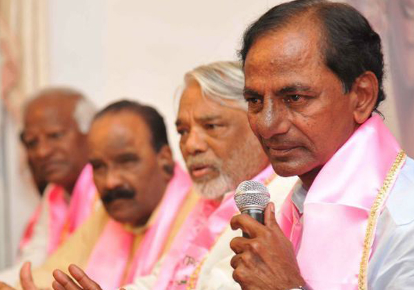 Telangana Congress Puts KCR In Trouble About Elections 2019-