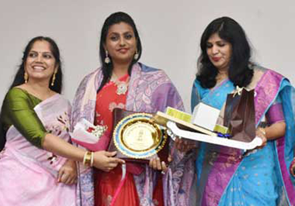 Telugu Womens In Singapore Book Of Record-Singapore Book Of Record,telugu NRI Updates,Telugu Woman's In Singapore Book Of Record