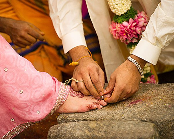 The UnKnown Facts Of Toe Ring In Indian Marriages-