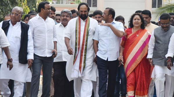 Trs Party Converts In Telangana Congress-