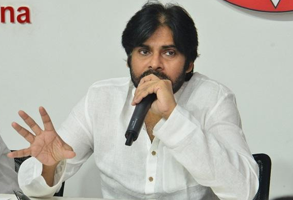 Why Pawan Kalyan Silent Over Telangana Elections-