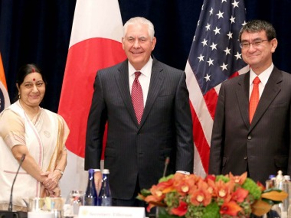 Will Raise H-1B Visa Issue During Talks With The US Sushma Swaraj-