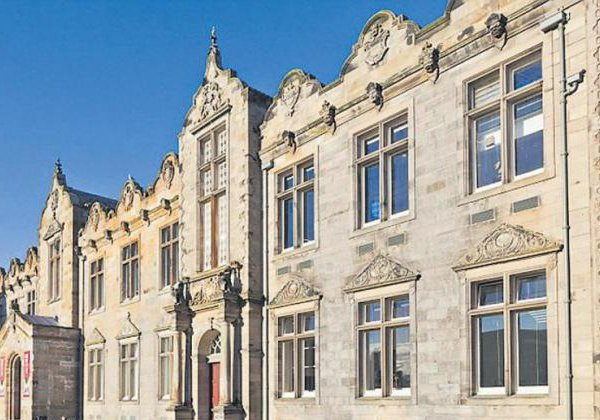 Indian Billionaire Daughter Gets In Seint Androos University Scotland-