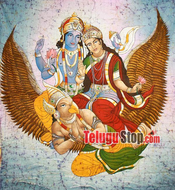 Lakshmi Devi Photos Importance-