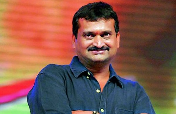 Bandla Ganesh Walked Out Of Live Show-
