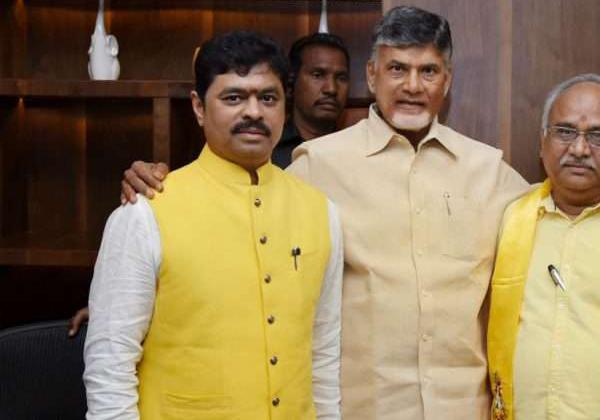Income Tax Department Raids CM Ramesh's Houses In Telangana-