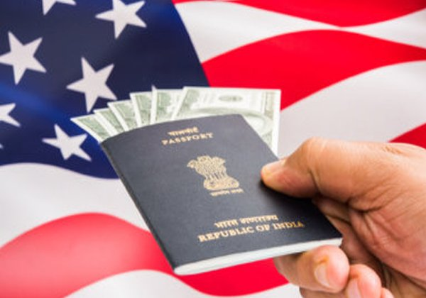 Indian NRIs Que Line In America For Permanent Visa-