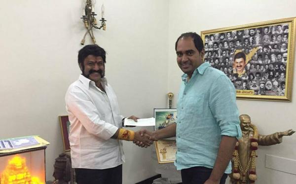 NTR Biopic : Will Nandamuri Balakrishna Include Jr NTR-