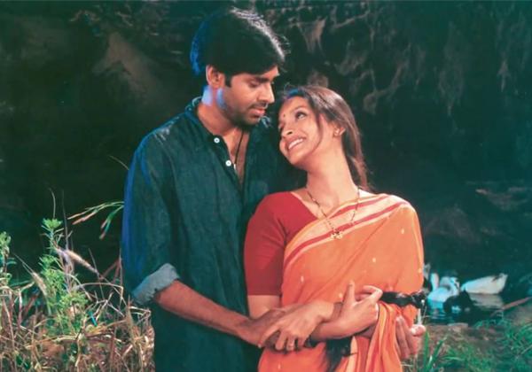Pawan Kalyan Is Reason For Renu Desai To Do The Johnny Movie-