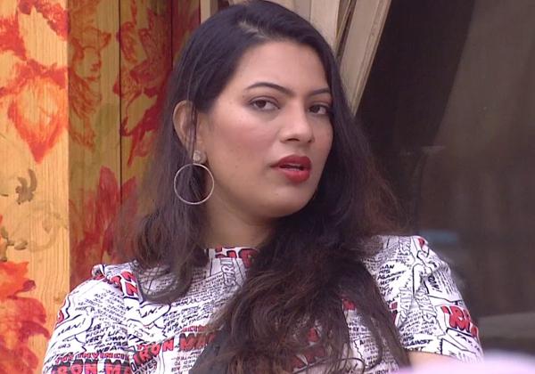 Serious On Geetha Madhuri Rumours In Telugu Bigg Boss 2-