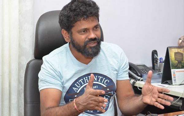 Sukumar Prepared News Story For Mahesh Babu-